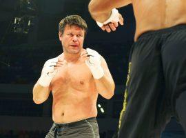 5 топ-бойцов UFC, у которых был серьезный махач в обычной жизни