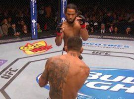 История UFC - Как Дос Аньос нокаутировал Бена Хендерсона. Видео. Нокаут.