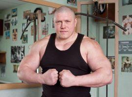 Максим Новосёлов подерётся в  Fight Night с бывшим бойцом UFC
