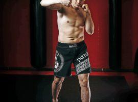 Иван Романов: Первый профессиональный бой Вячеслав выиграл нокаутом. Ничего там особенного не было. Это ему просто повезло.