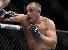 Алексей Олейник рассказал фанатам о бое на UFC в Москве в ноябре