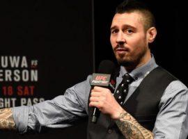 Комментатор UFC Дэн Харди хочет провести бой с Нейтом Диазом