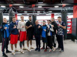 Сборная России по боксу провела первую тренировку в Екатеринбурге