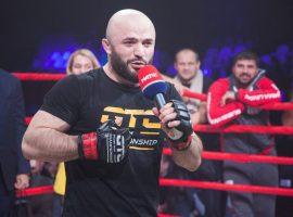 Магомед Исмаилов жестко прокомментировал критику Александра Емельяненко в адрес борцов в ММА
