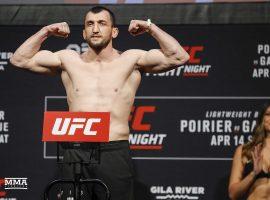 Битва взглядов Муслим Салихов - Лаурино Старополи UFC Fight Night 162
