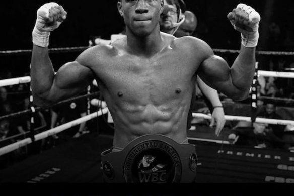 Американский боксёр умер после нокаута на ринге