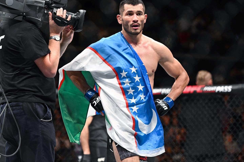 ВИДЕО! Узбекский спортсмен Махмуд Мурадов  проиграл Мершарту на UFC on ESPN 30