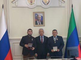 В Дагестане Хабиба и его отца наградили за заслуги перед Республикой