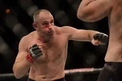 Олейник: Сколько у Емельяненко ребят в UFC? У меня двое!