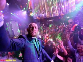 Конор МакГрегор празднует победу UFC 246 в ночном клубе Вегаса. ВИДЕО