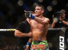 Чарльз Оливейра предсказывает, что к концу 2020 года станет претендентом на титул чемпиона UFC в легком весе