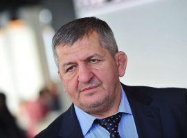 Нурмагомедов-старший рассказал, отменят ли бой его сына с Фергюсоном из-за коронавируса