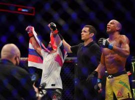 Эдсон Барбоза требует от UFC уважения и чек за выигранный бой