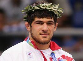 Олимпийский чемпион отказался выступать в UFC
