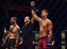 Медицинские отстранения турнира UFC Fight Night 172: два победителя выбыли на полгода