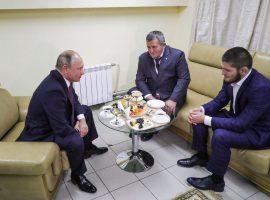 Владимир Путин готов помочь отцу Хабиба Нурмагомедова