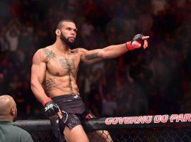 Нокаутер Тьяго Сантос хочет вернуться в октагон, но UFC не могут найти ему соперника