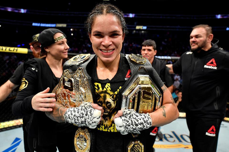 Аманда Нуньес. Двойная чемпионка UFC Аманда Нуньес задумалась о завершении карьеры