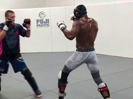 Жесткая тренировка Камару Усмана и Джастина Гетжи перед титульным боем на UFC 251