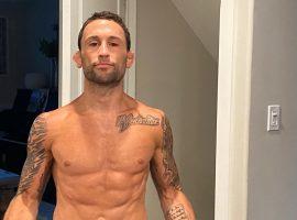 Легендарный боец UFC Фрэнки Эдгар показал актуальную форму за две недели до дебюта в легчайшем весе