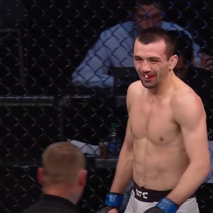 Аскар Аскаров. UFC