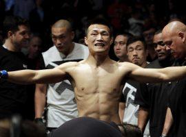 Корейский Зомби назвал Александра Волкановски позорным чемпионом