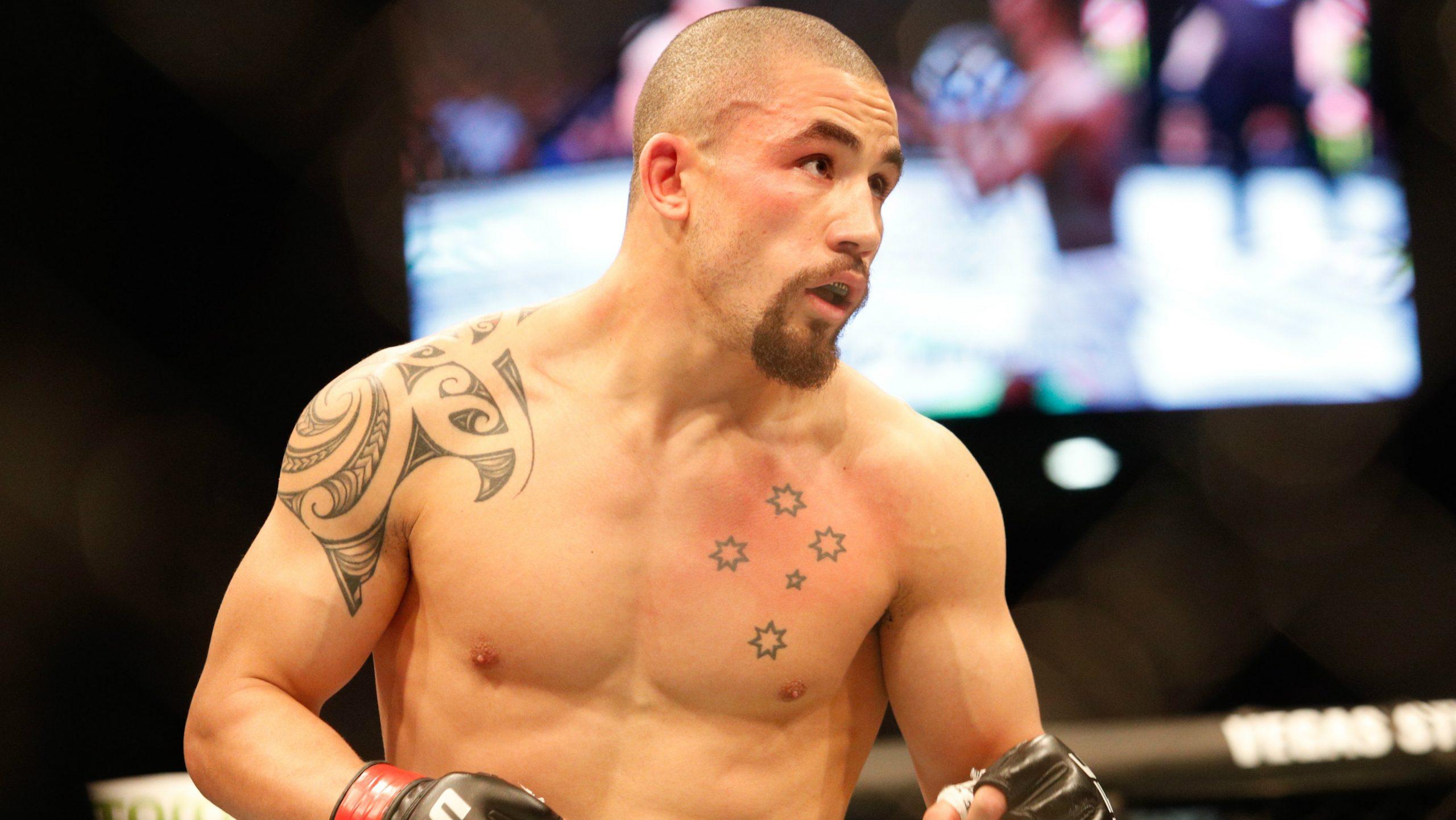 Роберт Уиттакер выразил готовность выступить против Адесаньи или Косты на UFC 253