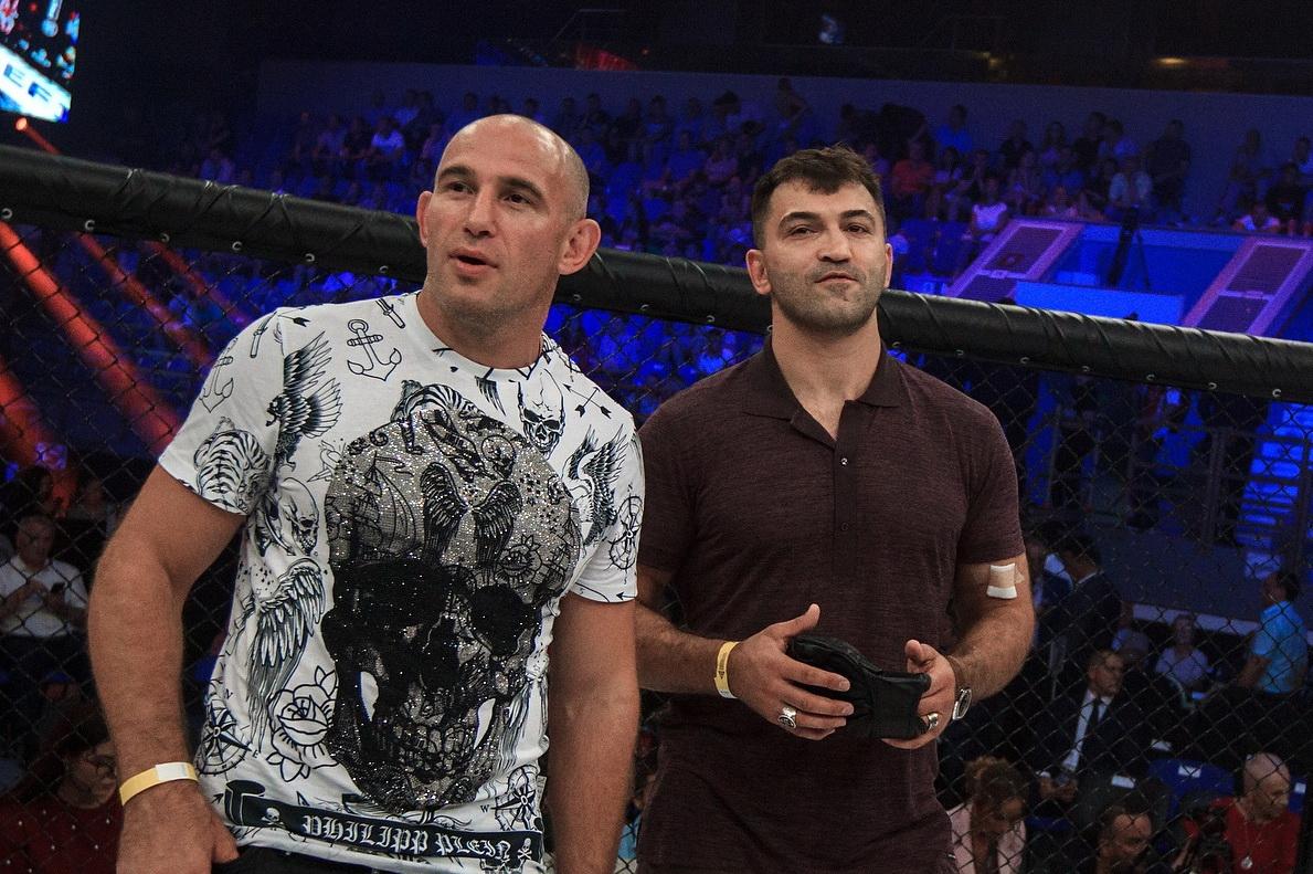Орловский поддержал Олейника, проигравшего Льюису досрочно на UFC Vegas 6