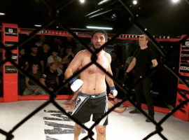 Непобеждённый боец - Эмин Абдуризаев, дал свой видеопрогноз на турнир UFC