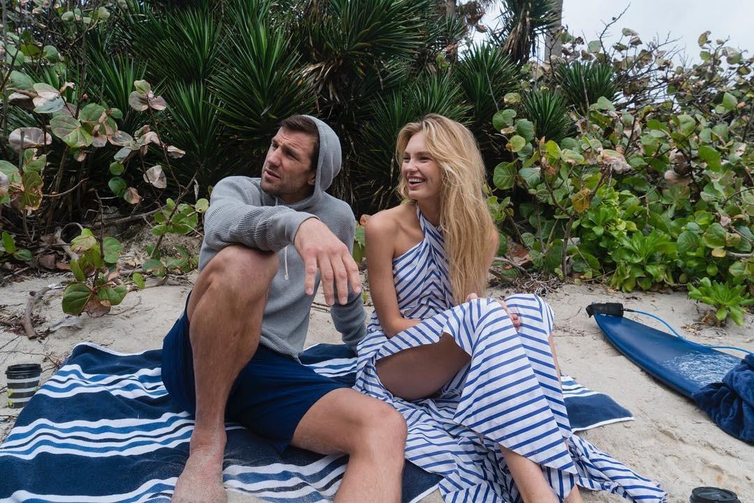 Люк Рокхолд со своей дамой сердца