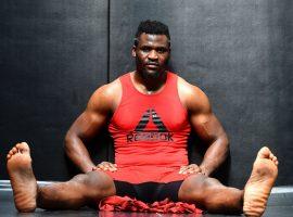 Тайрон Вудли провёл совместную тренировку с Нганну. Физическая мощь камерунца потрясла бывшего чемпиона
