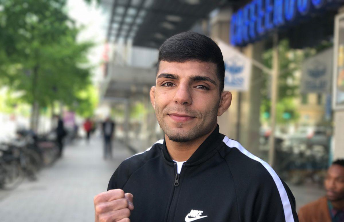 Боец UFC, Амир Албази на улицах города
