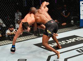 Реванш между Камару Усманом и Хорхе Масвидалем станет главным событием турнира UFC 261. Ограничений по числу зрителей не будет