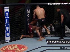 На турнире UFC снова запрещенный удар коленом. Стерлинг реагирует. Фанат отвечает, что пострадавшему нужно дать титул в среднем весе
