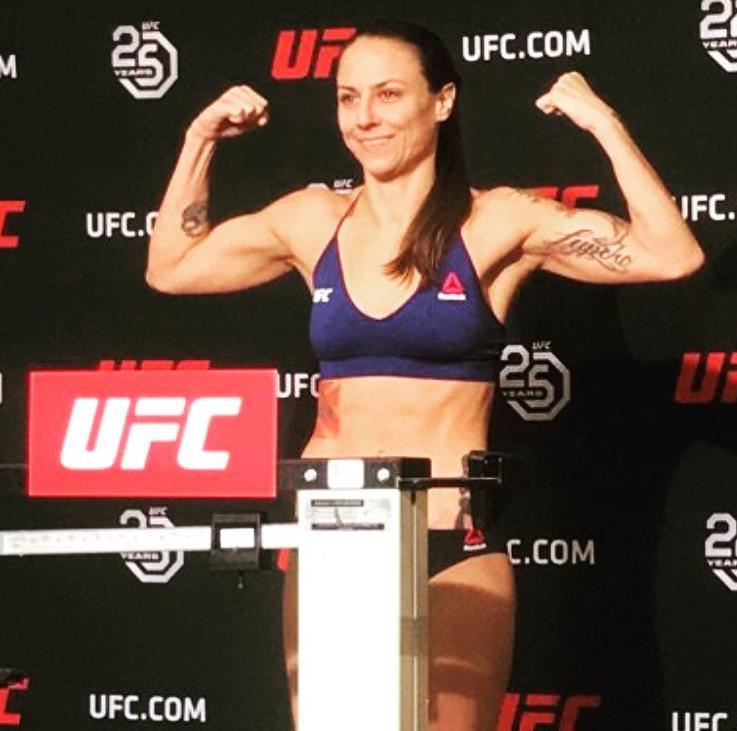 Нина Ансарофф в UFC